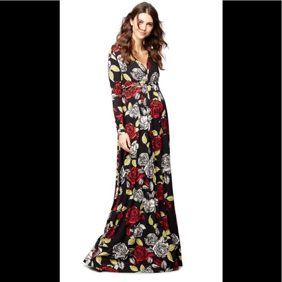 4ab509f5a7e Rachel Pally Caftan Maternity Maxi Dress. M_5ab0f2eadaa8f6b161aa4a6e